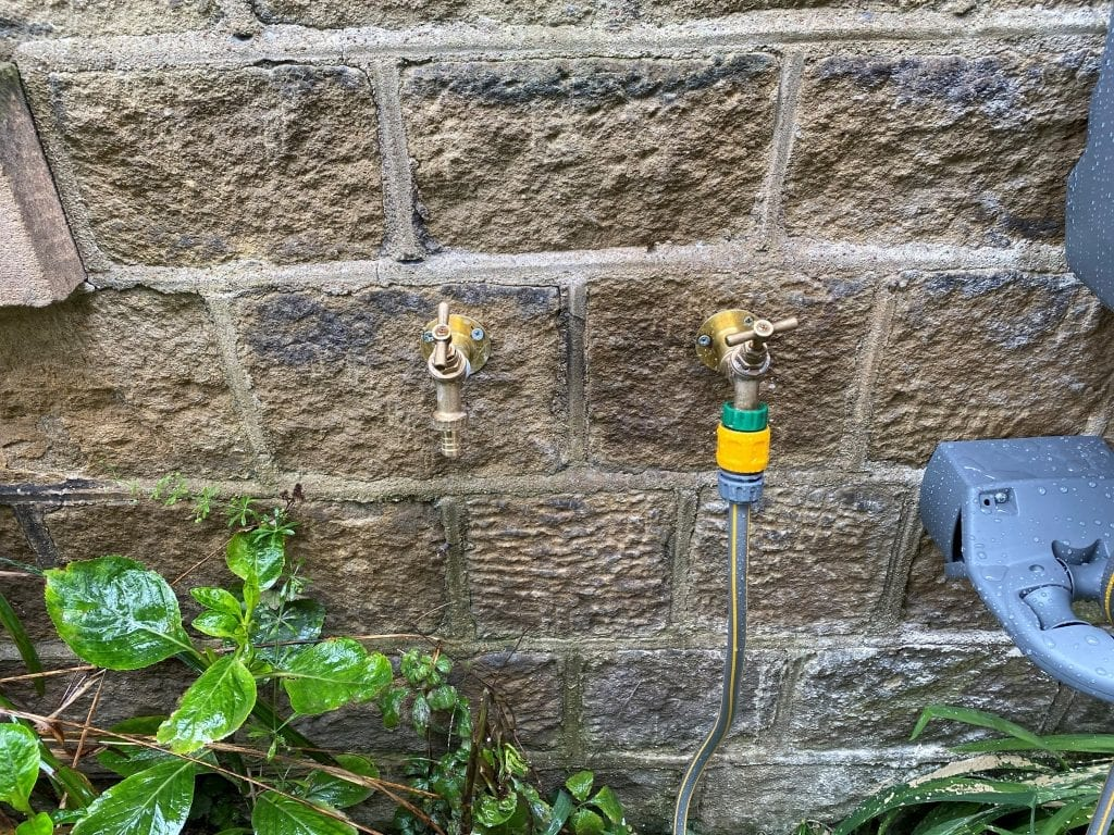 Hot and Cold Outdoor taps