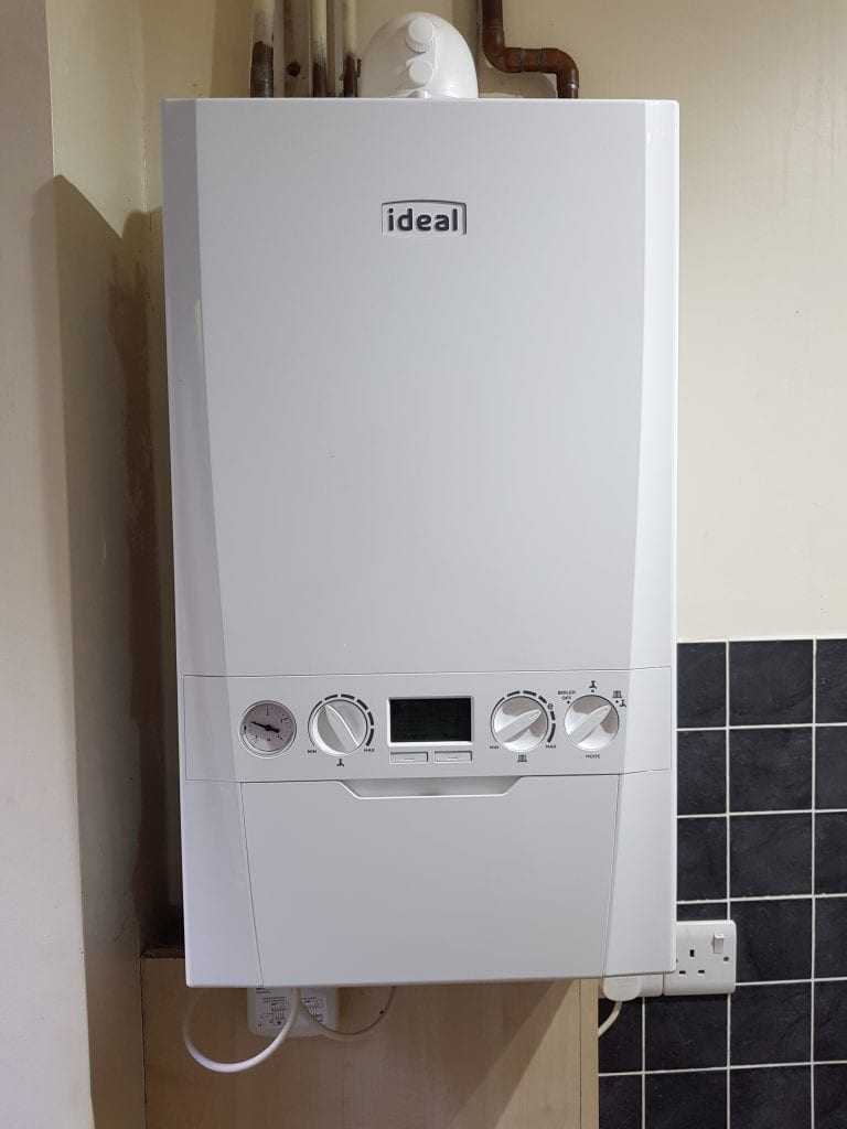 Ideal logic combi boilers with 7 years warranty, suitable for medium size properties 4